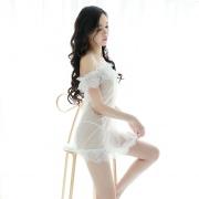 依丝特 性感蕾丝一字裙套装 1031 白色 1件